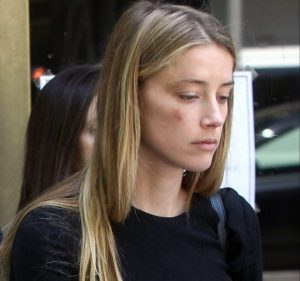Amber-Heard-leaves-court-after-claiming-Johnny-Depp-assaulted-her