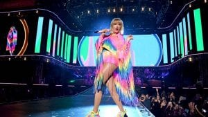 taylor_swift_performs_onstage_at_amazon-prime-concert-2019