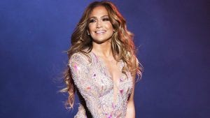 Jennifer-Lopez-Shows-Off-Toned-Figure-in-Sexy-Swimsuit