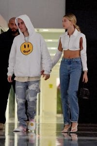 hailey-baldwin-justin-bieber-thanksgiving-plans