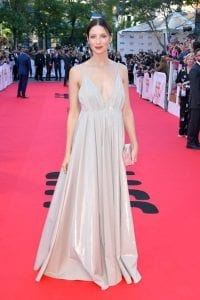 12-times-Celebrities-wore-wedding-dresses-on-red-carpet
