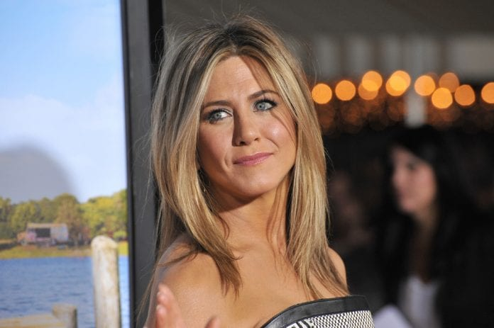 Happy-Birthday-Jennifer-Aniston-5-Unforgettable-Pics-Reasons-why-we-want-to-BFFs-with-FRIENDS-Actor