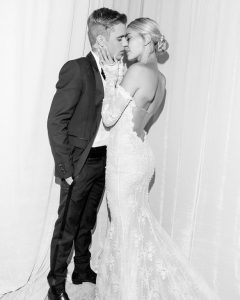 Justin-Bieber-Hailey-Baldwin-share-photos-from-second-wedding-ceremony