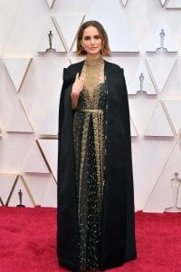Oscars-2020-Best-Dressed-Stars-on-Red-Carpet-Fashion- Scarlett-Johansson-Renee-Zellweger-Margot-Robbie-more