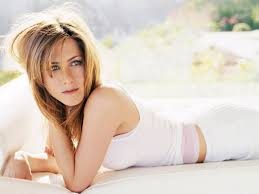 Top-10-Most-Beautiful-And-Hottest-American-Women-of-USA-in-2020-Jennifer -Anniston
