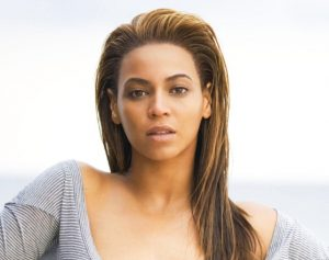 Most-Beautiful-Female-Singers-Beyonce